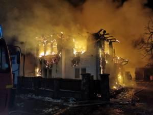 Casa primului proprietar a fost mistuită de flăcări