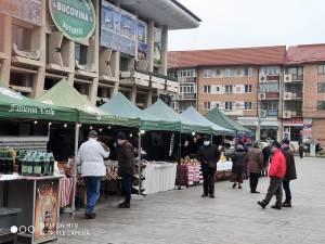 """Piață țărănească """"Produs în Bucovina"""", deschisă de vineri in centrul Sucevei"""