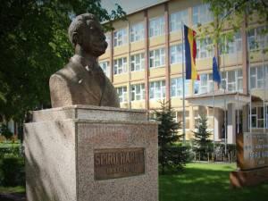 """Proiecte Erasmus+ desfășurate în cadrul C.N. de Informatică """"Spiru Haret"""" Suceava, inclusiv virtual"""
