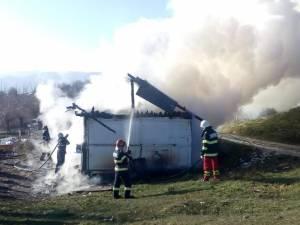 A suferit un atac de panică după ce, întors acasă, și-a găsit locuința arzând