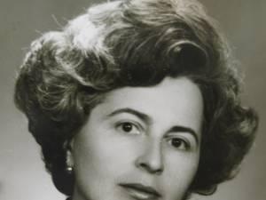 Prof. Silvia Fechet