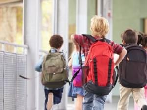 Majoritatea școlilor se vor redeschide pe 8 februarie
