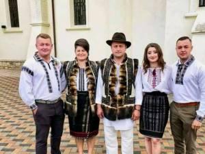 Membrii familiilor amenințate la Mănăstirea Humorului