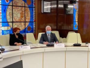Primarul Ion Lungu, în discuții cu reprezentanții Guvernului, cu numeroase probleme ale Sucevei