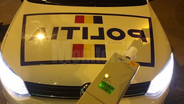 Șofer beat, prins de polițiștii care au văzut o mașină condusă haotic, prin fața sediului Foto ordinea.ro