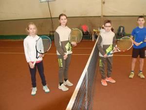 Micii tenismani suceveni au un program încărcat la început de an