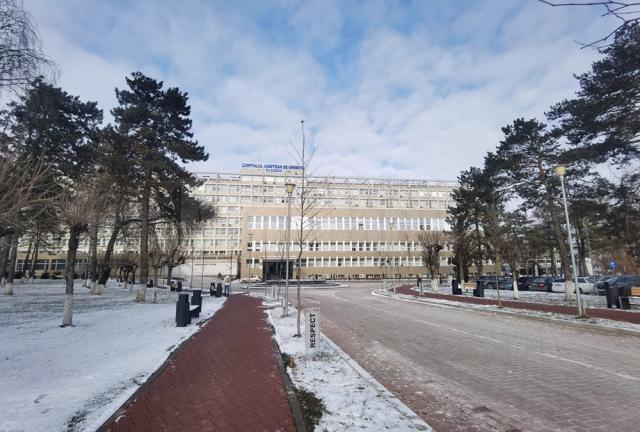 """Spitalul Județean de Urgență """"Sf. Ioan cel Nou"""" Suceava dispune, la această dată, de 302 paturi libere, din care 32 pentru pacienți Covid-19"""