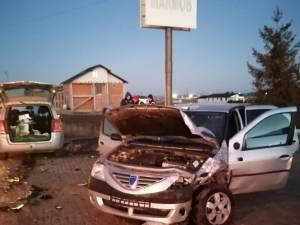 Accident cu doi răniţi, la Marginea