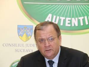 Gheorghe Flutur i-a mulțumit prefectului Moldovan pentru activitatea desfășurată
