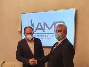 Primarul Sucevei, Ion Lungu, cu primarul Chișinăului, Ion Ceban