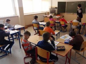 Scenariile de funcționare a școlilor, începând din data de 8 martie