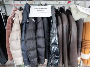 """În magazinele """"La Strada"""" găsiți toate produsele din colecția toamnă-iarnă la jumătate de preț. Foto Ema Motrescu"""