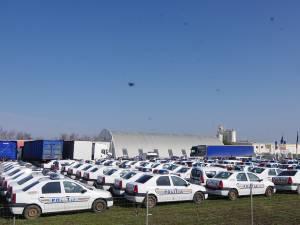 Aglomerație de mașini de poliţie