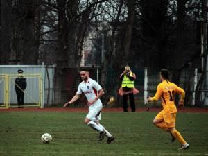 Antonesei a marcat un gol de trei puncte in disputa cu Ceahlăul. Foto Cristian Plosceac