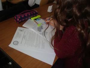 3.695 de elevi suceveni participă la activitățile de educație remedială