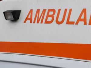Ambulanța a preluat victima la Horodnic de Sus