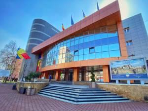Sediului Primăriei Suceava, modernizat printr-un proiect de reabilitare termică, cu fonduri europene