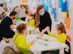 Produse handmade și ateliere de creație pentru copii, la Iulius Mall Suceava