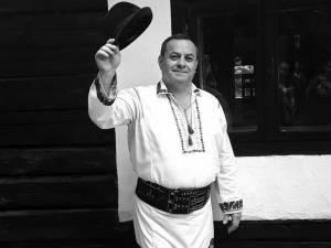 Interpretul de muzică populară George Finiş