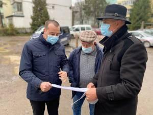 """Viceprimarul Lucian Harșovschi, prezent în teren la demararea lucrărilor de modernizare a zonei """"La bazin"""""""