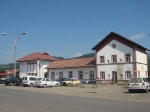 Parcarea gării din Câmpulung Moldovenesc