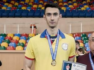 Alexandru Raţă a fost desemnat cel mai bun tănâr jucător din România