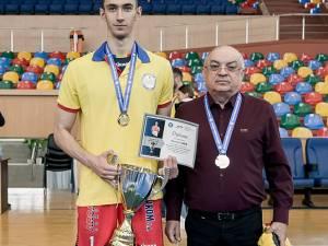 Alexandru Raţă a fost desemnat cel mai bun tânăr jucător din România