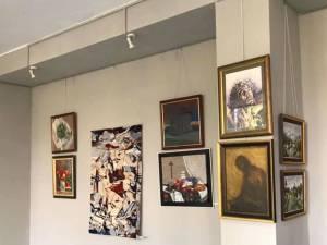 """""""Artă și credință"""", expoziție deschisă la Galeria de Artă """"Ion Irimescu"""" Suceava"""