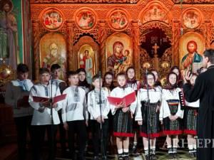 """Mai multe coruri sucevene au participat la Concertul caritabil de cântări religioase """"DAR spre Înviere"""", ediția I"""