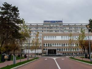 Tânărul a fost transferat la Spitalul Județean Suceava