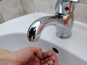 Oprirea apei potabile pe două străzi din Suceava și în trei localități din Ipotești