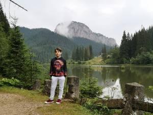 Elevul Ioan-Alexandru Bursuc, de la Școala Gimnazială Bosanci, olimpic național la informatică