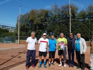 Tenismanii seniori suceveni s-au bucurat de tenis la Trofeul Cetatea de Scaun