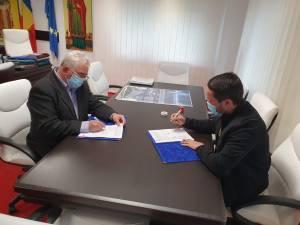 Lungu a semnat contactul pentru modernizarea Colegiului Tehnic de Industrie Alimentară Suceava