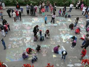 De Ziua Internaţională a Copilului, Primăria Fălticeni îi invită pe cei mici la joacă