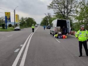 Polițiștii au împânzit drumurile, verificând mașinile care transportă persoane sau mărfuri