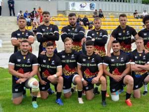 Ionuţ Antonesei, dreapta jos, alături de colegii de la naționala de rugby în 7