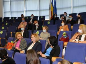 Dezbatere între profesori și reprezentanții firmelor angajatoare din domeniul contabilitate și audit
