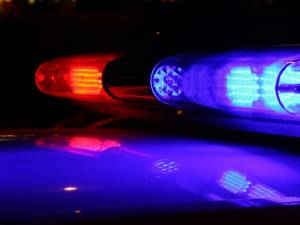 Două echipaje de poliție au fost angrenate, sâmbătă noapte, în acțiunea de oprire și prindere a șoferului unui BMW