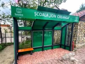 Noi stații de așteptare sunt deja montate deja în 10 locații din municipiul Suceava