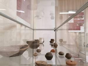 100 de piese de patrimoniu, descoperite pe teritoriul județului Suceava, expuse în premieră la Muzeul de Istorie
