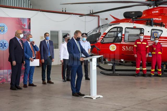 Elicopterul SMURD pentru Câmpulung Moldovenesc a fost recepționat, miercuri, de Inspectoratul General de Aviație al MAI