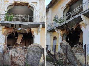 Un perete al singurei sinagogi care a mai rămas în Fălticeni s-a prăbușit