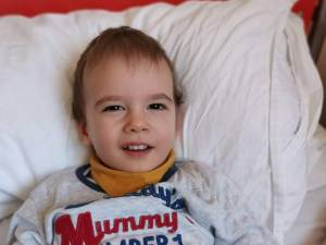 Luca Sebastian Tuchlei, din Suceava, a fost diagnosticat cu cancer