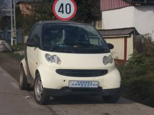 Maşina lui Cornel Cernoschi
