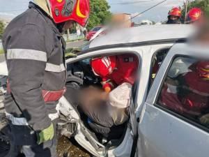 Un septuagenar a intrat cu Dacia pe contrasens și a lovit alte trei autoturisme