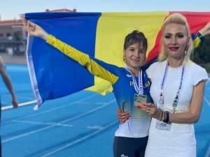 Mădălina Elena Sirbu, alături de antrenoarea Erzilia Tîmpau