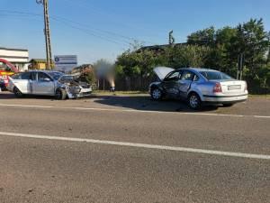 Trei persoane au ajuns la spital după un accident la Sasca