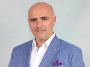 Președintele Organizației Județene Suceava a Alianței pentru Unirea Românilor, deputatul Dorel Acatrinei
