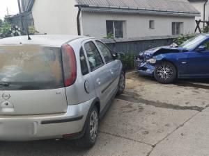 Accident la Dornești între un BMW și un Opel